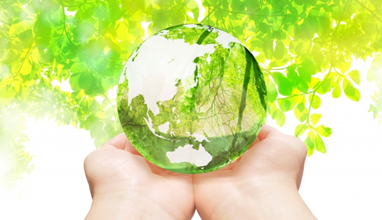 水晶の地球と自然